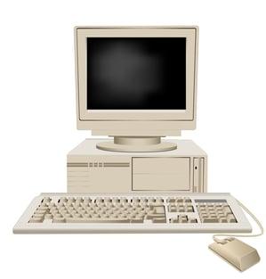 Gammel computer og mus